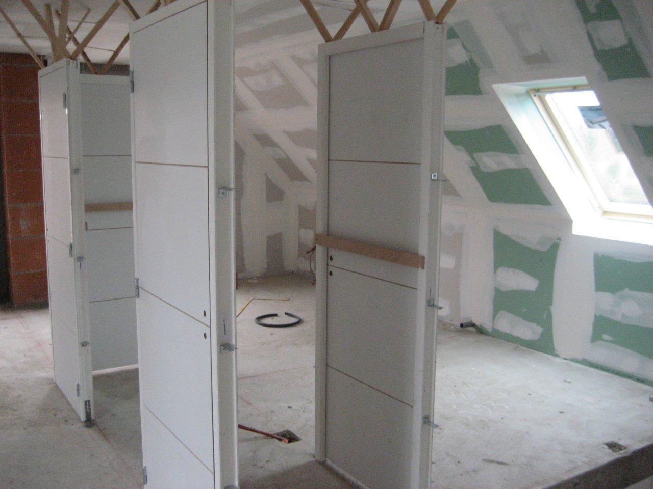 Faire construire avec demeures du nord menuisier for Batis de porte
